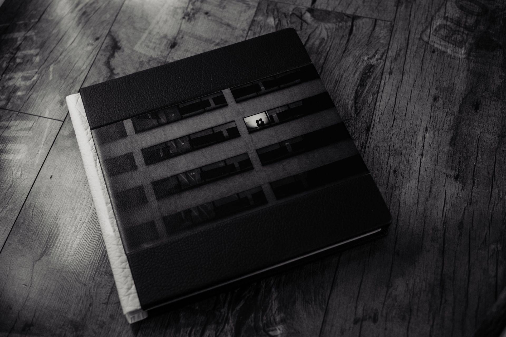 Албум 30х30 с широка хоризонтална лента